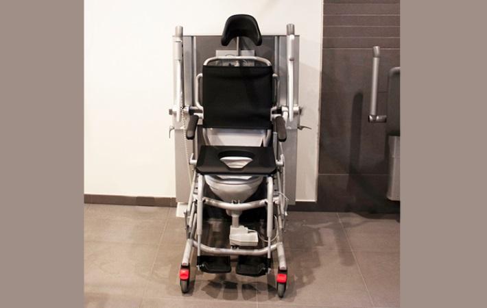 Ny bad- og toiletstol fra WinnCare Nordic ApS garanterer god ergonomi